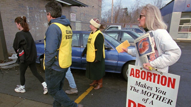 Obama Administration Cracks Down On Abortion Clinic Protesters