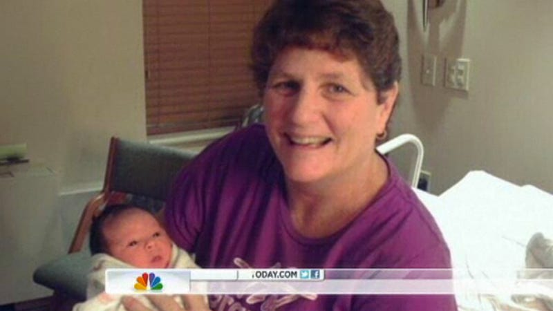 Woman Who's Been a Surrogate Mother 11 Times Officially Retires Her Uterus