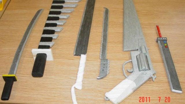 Prisoner Builds Swords. Final Fantasy Swords.