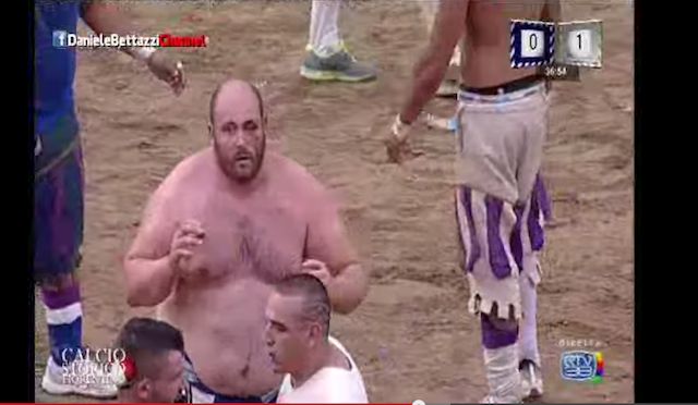 Crazy-Ass Italian Sport Combines Rugby With Bare-Knuckle Fighting