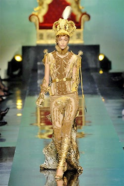 Girls Who (Dress) Like Boys Who (Dress) Like Girls: Gaultier Fall 2007 Couture