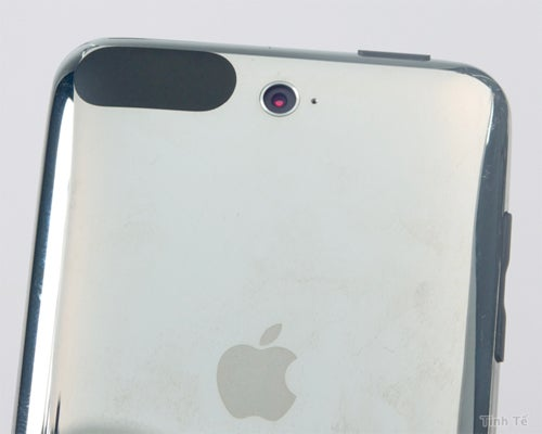 Leak: iPod Touch With 2MP Camera Surfaces In Vietnam