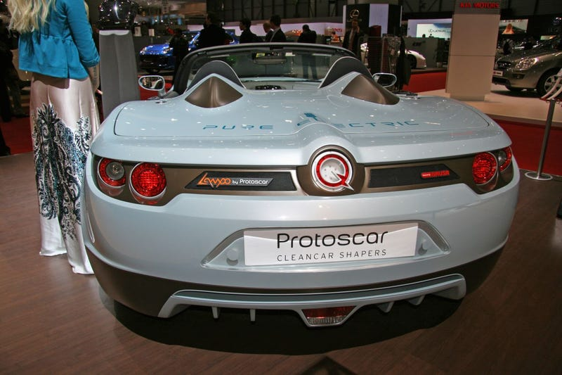 Protoscar LAMPO: AWD Solar-Powered Electric Roadster Fun