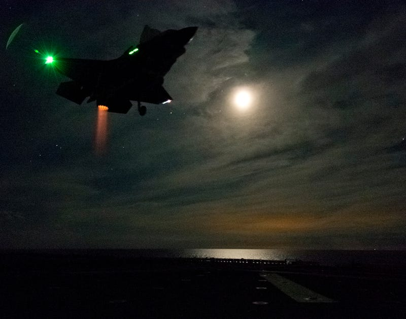 This F-35B's Vertical Night Landing Makes It Look Like a Badass UFO