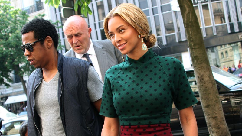 "What ""Lewd Act"" Did Beyoncé's Bodyguard Perform with Her Passport?"