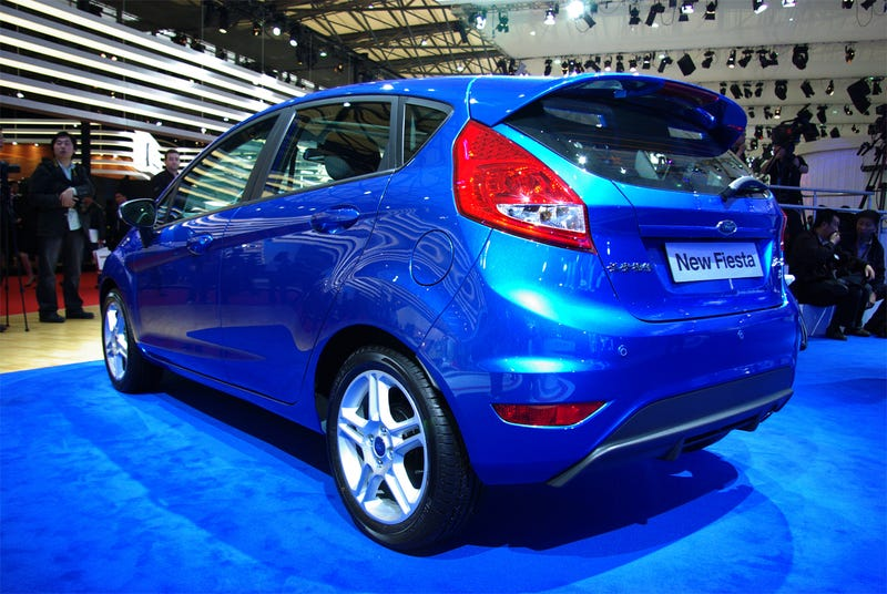 2009 Ford Fiesta Gets Cirque Du Soleil'd In Shanghai