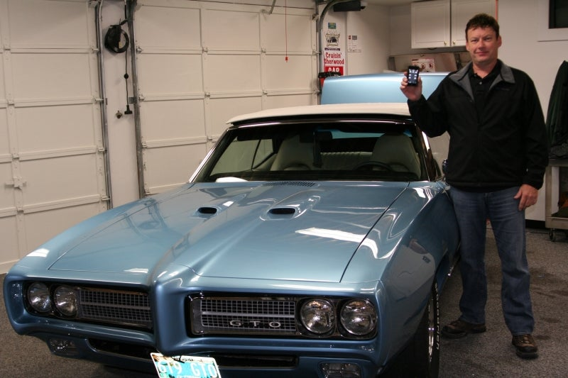 Electronics Whiz Controls '69 Pontiac GTO With iPod Touch