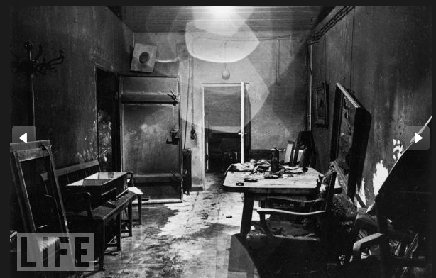 Never-before-seen Photos of Hitler's Bunker and Apartment