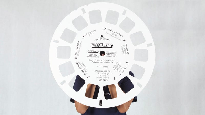 Giant View-Master Photo Frame Beats Staring Through Plastic Goggles