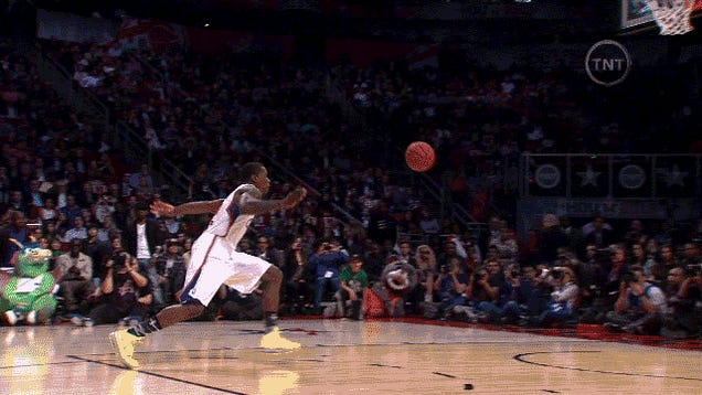 GIF: Eric Bledsoe's Second Dunk