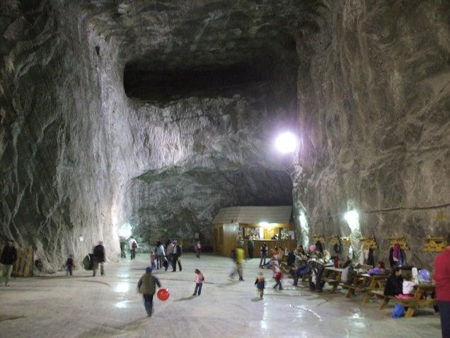 Haz turismo bajo tierra en algunas de las minas mas hermosas del mundo 812626837803739175