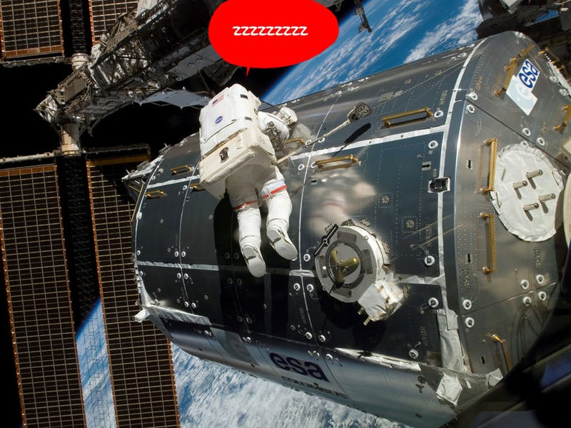 Spacesuit Gas Problem Forces Abrupt Spacewalk Interruption