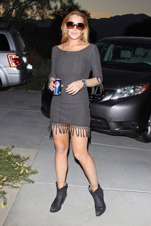 Lindsay Swaps Coke For Pepsi