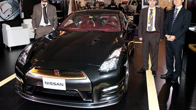 Nissan Builds A $266,000 Gold-Plated GT-R For The Middle East