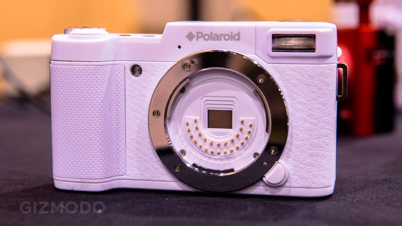 Polaroid's New Mirrorless Cameras Have Sensors in Their Lenses