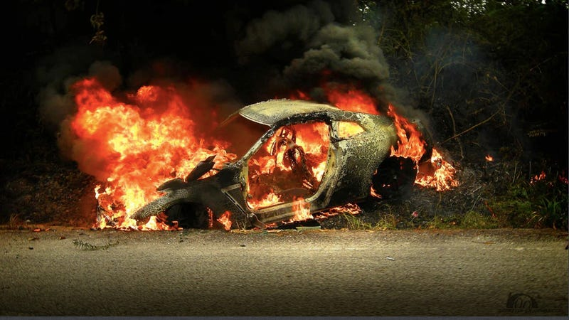 This is a Nissan GT-R burning to the ground