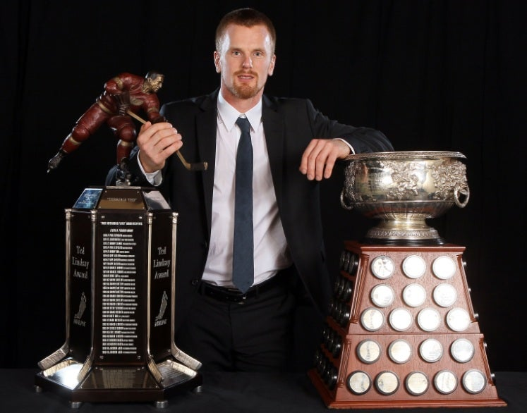 Daniel Sedin Wins The Important Hardware: A Broken Trophy