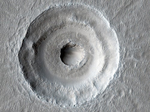 Mars's remarkable Bull's-Eye Crater could hide underground ice