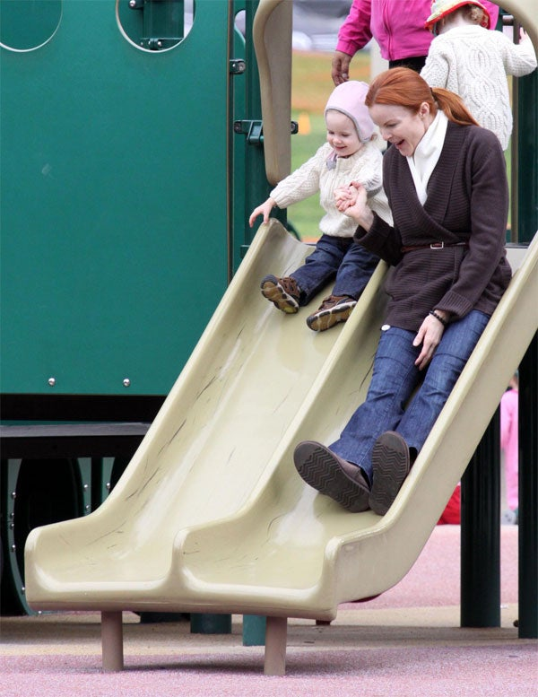 Marcia Cross & Kid: Grip & Slide