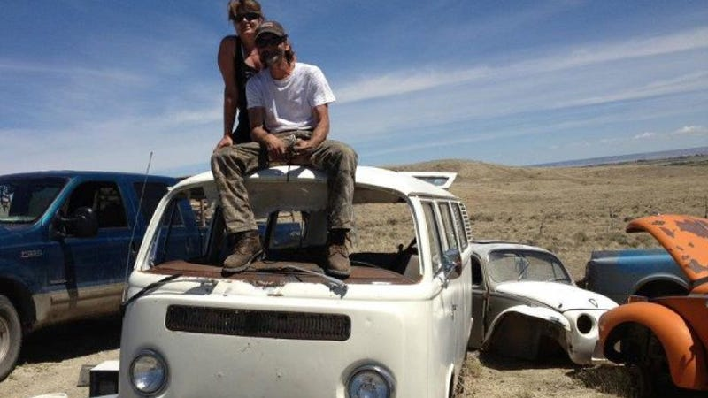How A 22-Year-Old Woman Learned How To Fix Cars By Driving A '72 VW Beetle Across The West