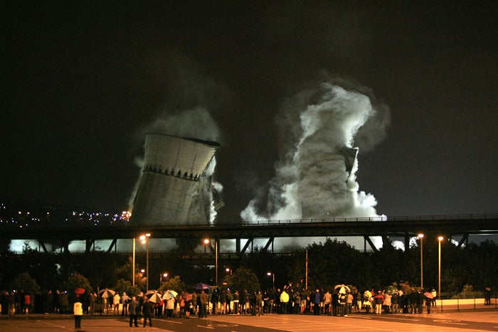The Pyrotechnic Tragedy of Sheffield's Hyperbolic Cooling Towers