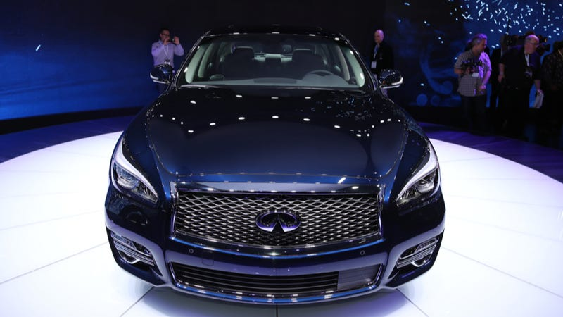 Your Tall Friends And Co-Workers Will Love The 2015 Infiniti Q70L