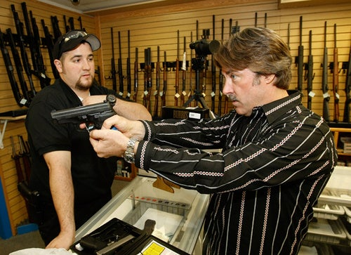 New Hampshire Town Allows Municipal Employees to Carry Firearms to Work