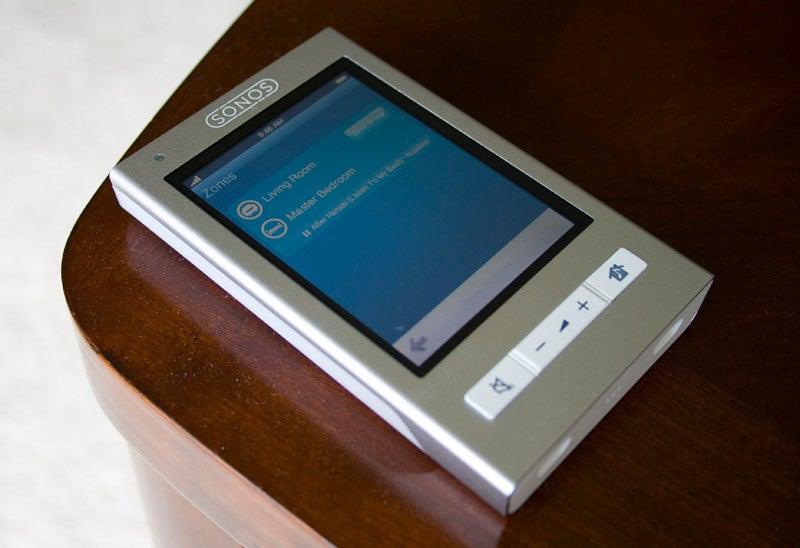 Sonos CR200 Touchscreen Controller Review: Better Than an iPhone
