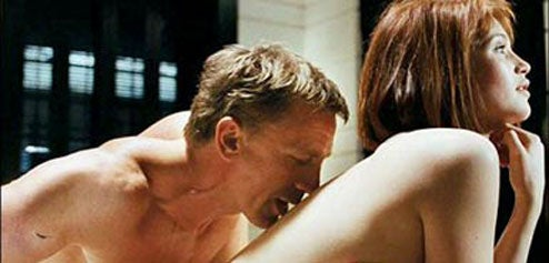 James Bond Curse Extends to Early 'Quantum of Solace' Reviews