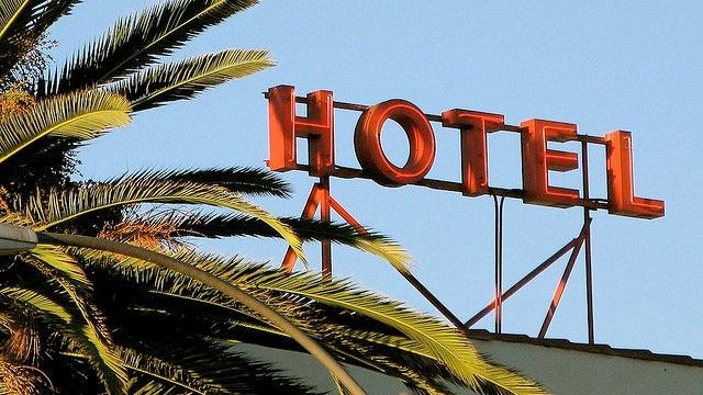 Start a Bidding War to Get Better Hotel Deals