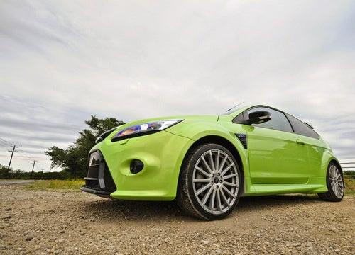 Ford Focus RS: Exterior Photos
