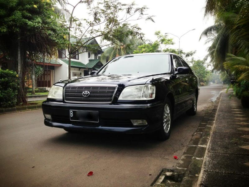 Quickride: 2002 Toyota Crown 3.0 Royal Saloon