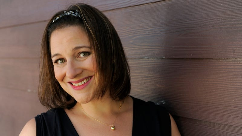 Jennifer Weiner Thinks the New York Times Ought to Profile More Female Authors