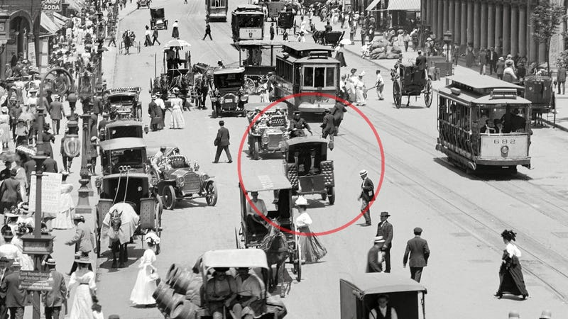 How A New York Taxi Company Killed The Electric Car In 1900