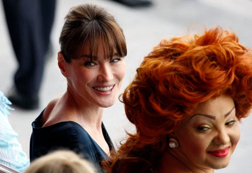 Carla Bruni Outshined By Cameroon's First Lady And Her Amazing Hair
