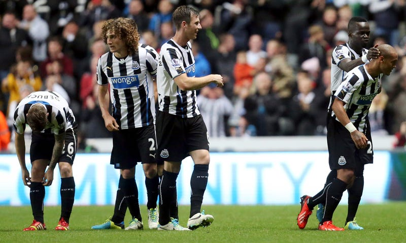 Premier League Team Tries Charging Press For Interviews