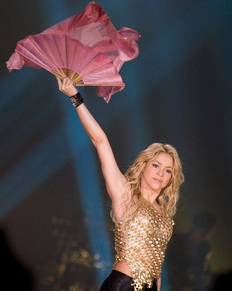 Shakira Is A Fan Of _________________