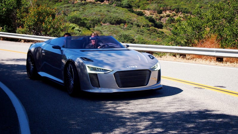 Audi e-Tron Spyder Gallery