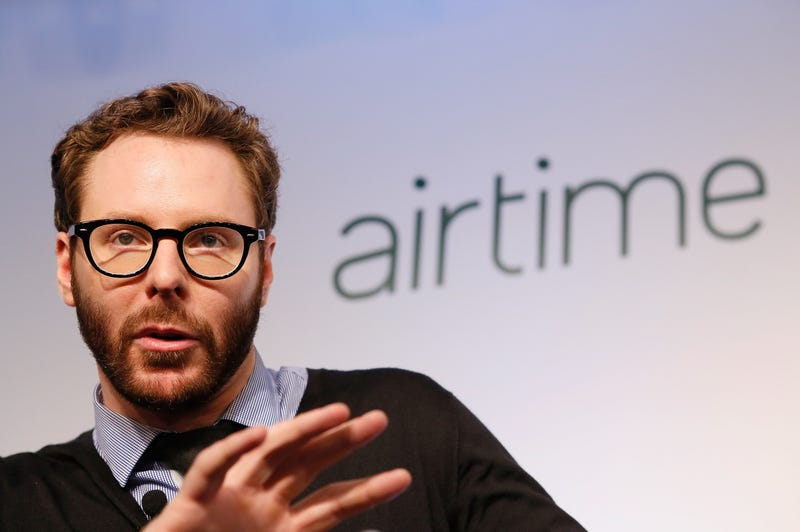 "Sean Parker: ""I Don't Check My Facebook Messages That Often"""