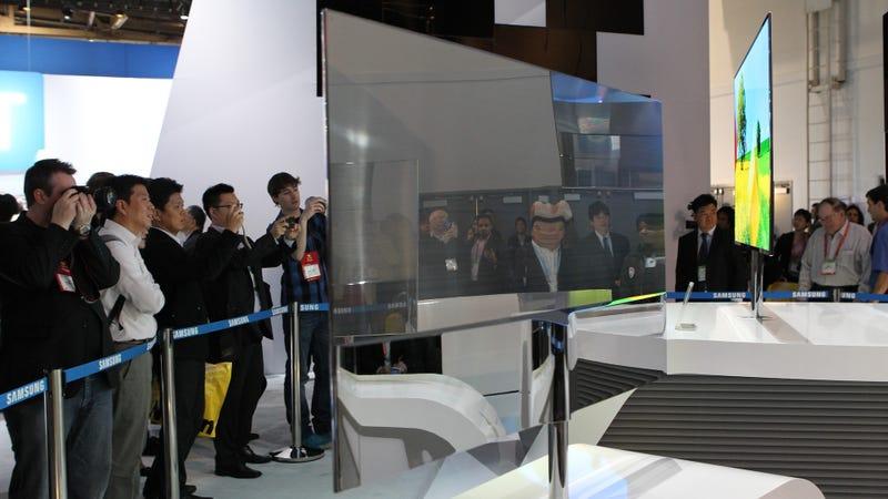 My Eyes Orgasmed When I Saw the Samsung Super OLED TV