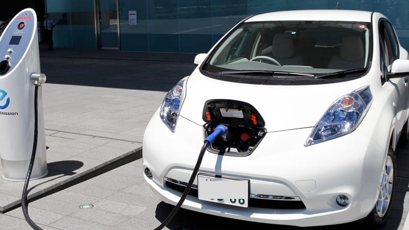 Electric Car Owners Fight Like Children On The Internet Just Like The Rest Of Us
