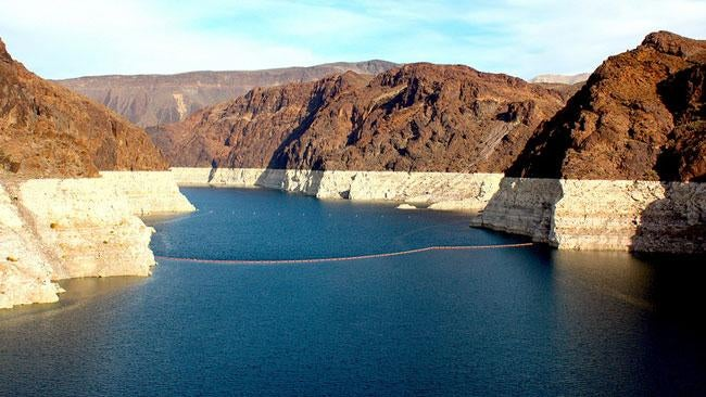 ​Bad News in Vegas as Lake Mead Steadily Goes Dry