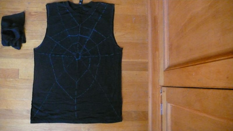 How To Make A Corinne Day-Inspired Spiderweb T-Shirt