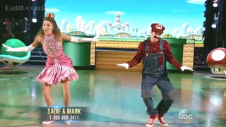 "Peach and Mario Dominate ""Dancing With the Stars"""