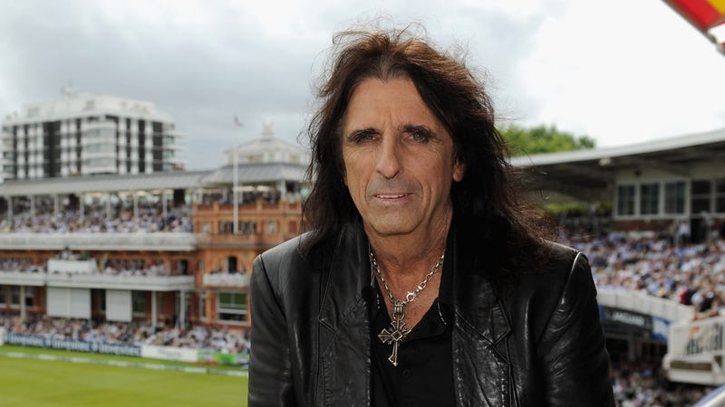Alice Cooper's Advice for How to Get a Job: Just Get a Really Good Job, or Be Alice Cooper