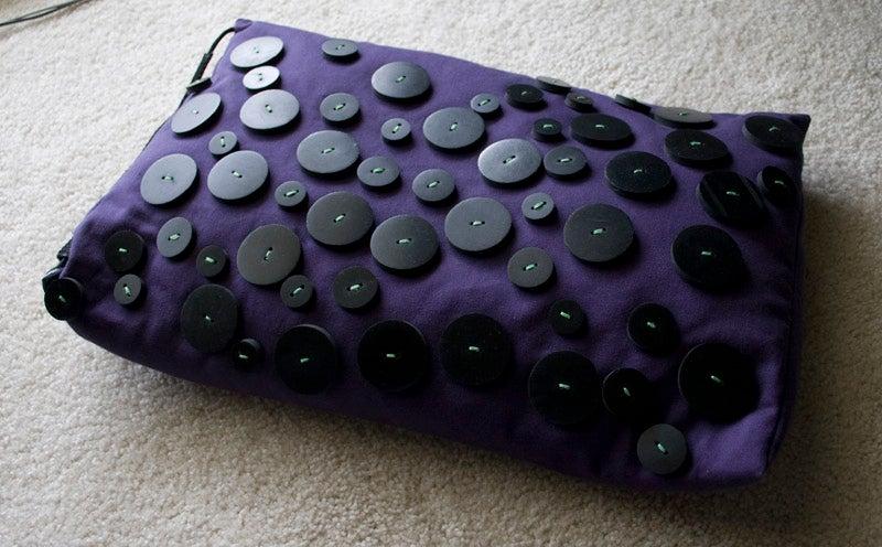 Intelligent Forms Laptop Pillow Lightning Review