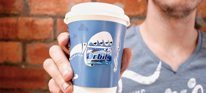 Gum-Packing Coffee Cup Sleeves Prevent Burns and Bad Breath