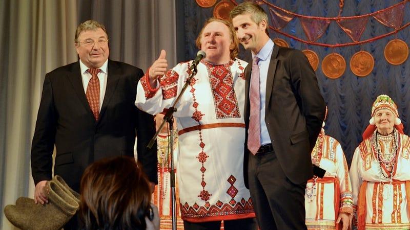 Gérard Depardieu Sure Does Enjoy His Tax-Free Russian Schmatta