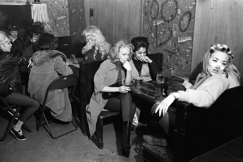 Rare Photographs Reveal The Ladies Who Hung Out With Hells Angels