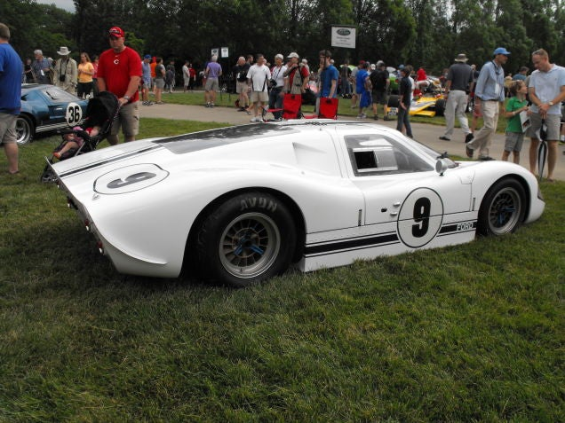 Re-posting these GT40 pictures because Le Mans is coming...